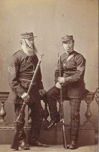 Click image for larger version.  Name:7Th Corp Stirlingshire Rifle volunteers 1853-1860. Holding M1853 66 Snider-Enfield.JPG Views:1 Size:44.7 KB ID:965257