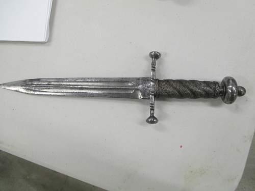 17th C. italian left-handed dagger?