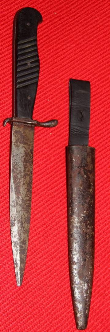 WWI WWII German Trench Knife / Boot knife Nahkampfmesser Solingen Omega