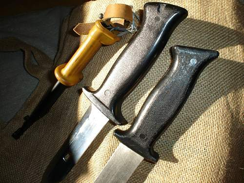 Knives of the Hungarian anti-terror units