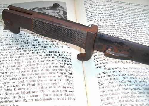 Armeedolch, (trench knife), maker´s mark? / trader ? ...