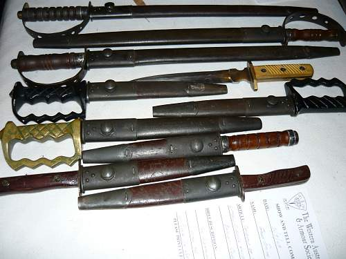 Need help with this . Aussie bayonet and fighting knife combination