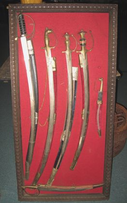 Need help to indentify and appraise these swords