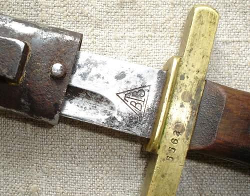 Serb fascine knife