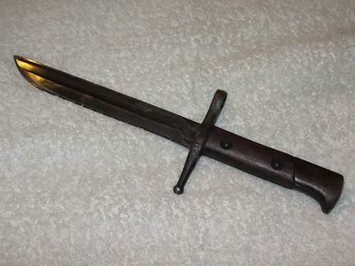 Help with an Italian Carcano (?) Bayonet