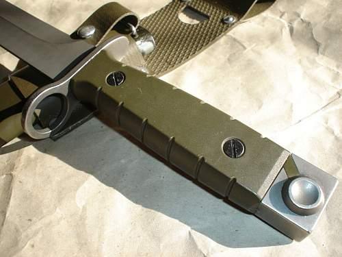 Swiss M1990 bayonet for SIG 90 assault rifle
