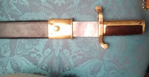 American  bajonet bowie knife similarity's