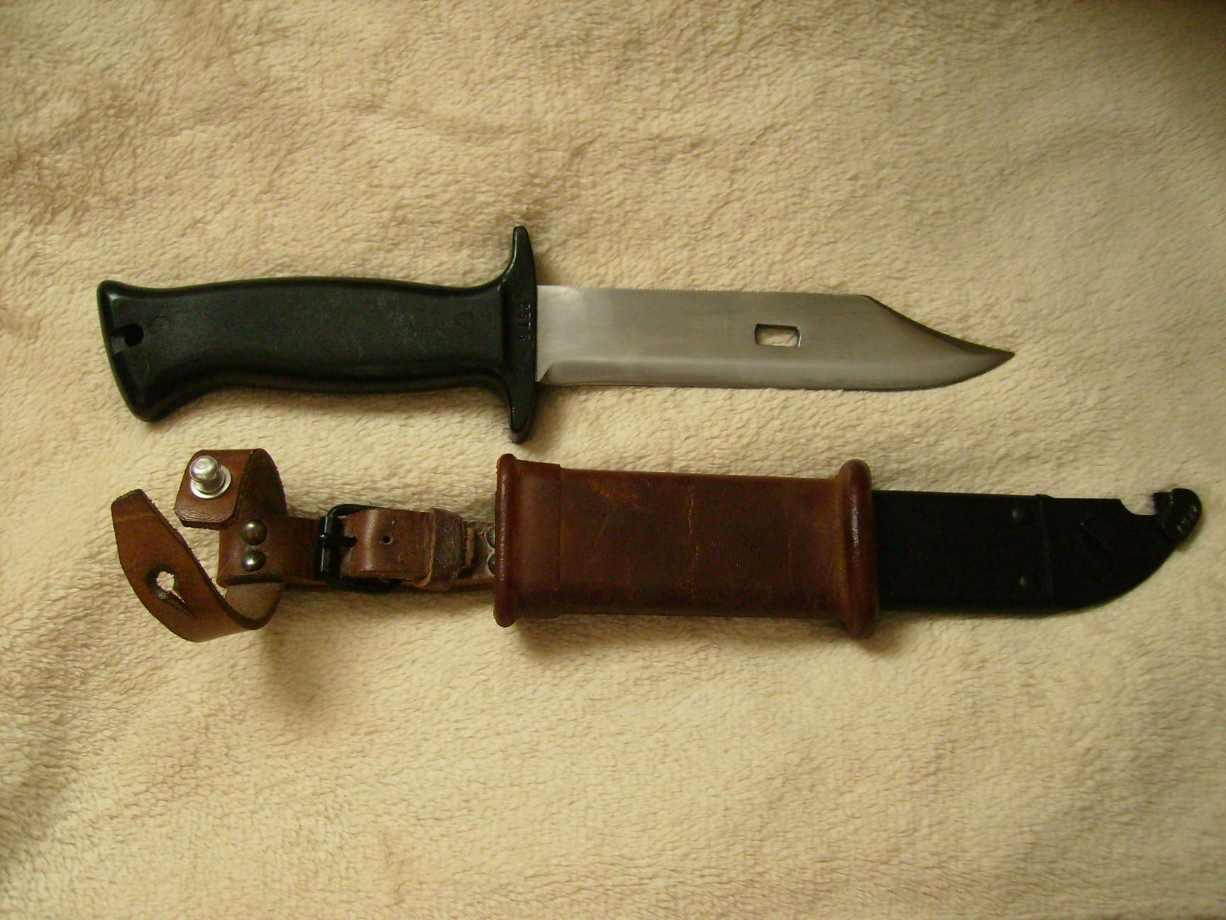 Hungarian AK style paratrooper knife