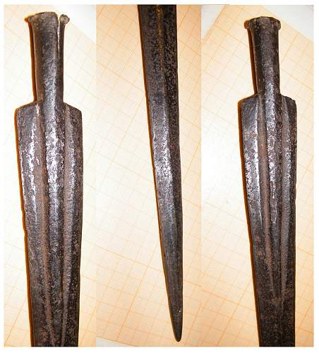Click image for larger version.  Name:African spearhead 2m.jpg Views:1784 Size:276.2 KB ID:471019