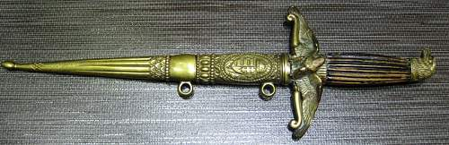 Real or fake hungarian dagger