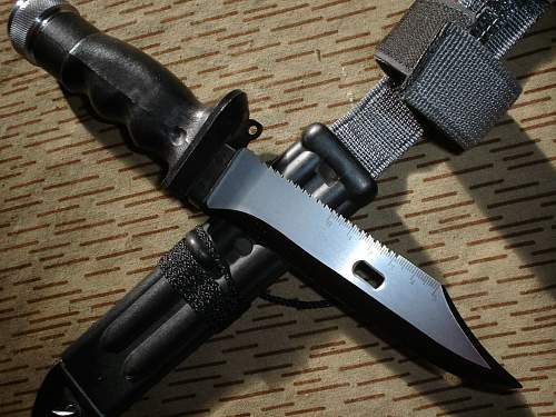 KM87 survival-knife
