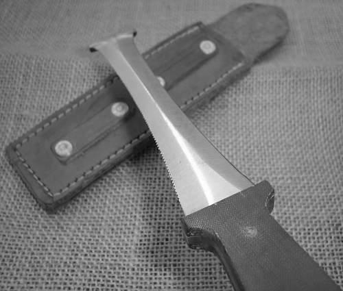Combloc shroud cutter-knife