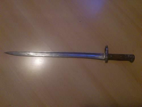 Please,need  help  identifying this bayonet!