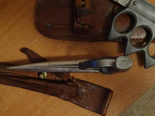 Australian Z Special Unit Knuckle Knife