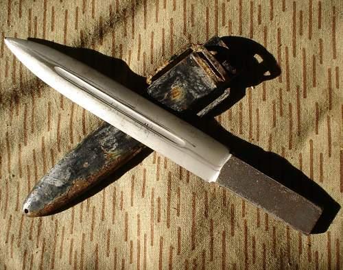 GDR Para-knife KM66