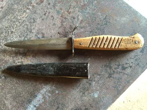 Can someone provide info on these WW1 & WW2 Trench Knives?