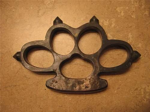 WW1 brass trench knuckle dusters?