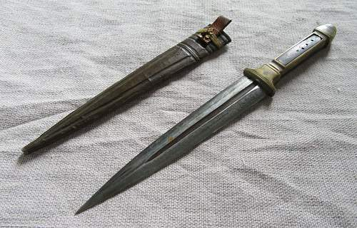 1909 Argentina Mauser bayonet & trench knife?