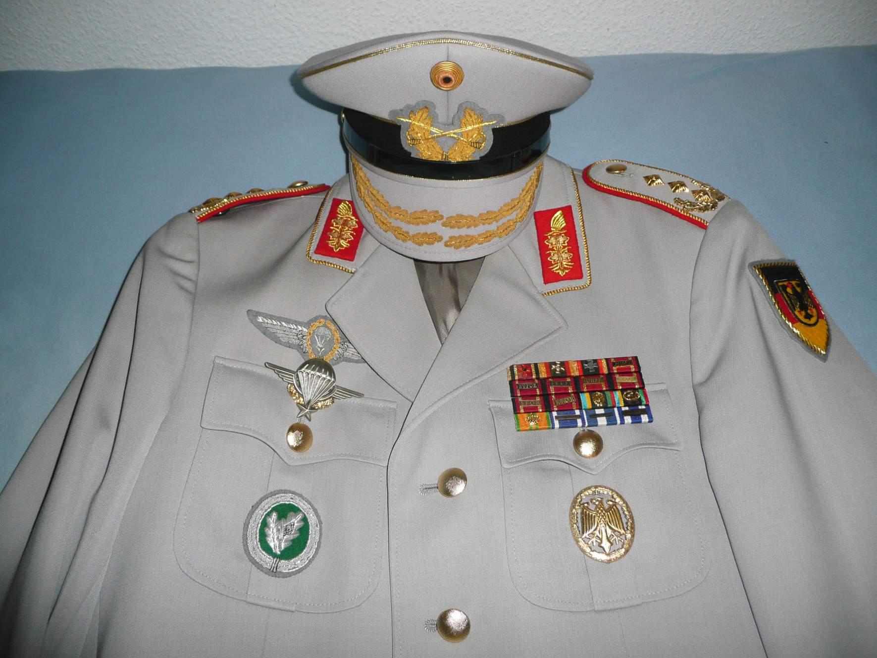 bundeswehr generalleutnant uniform. Black Bedroom Furniture Sets. Home Design Ideas