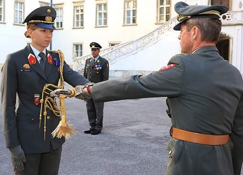 Bundeswehr Generalleutnant Uniform
