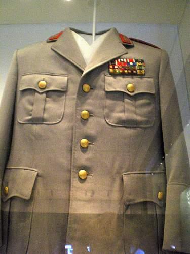 Click image for larger version.  Name:Uniform_UdM.jpg Views:10 Size:82.4 KB ID:1286585