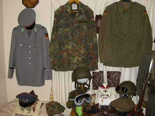 does anyone know of a bundeswehr reenactment group