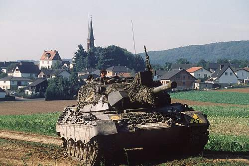 Click image for larger version.  Name:800px-Leopard1_Bundeswehr_1983.jpg Views:153 Size:143.0 KB ID:223542