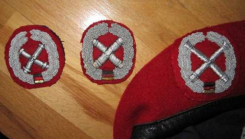 Click image for larger version.  Name:BW BERETS.jpg Views:85 Size:106.1 KB ID:240110