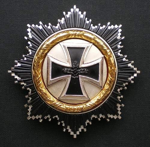 57er Deutsches Kreuz in Gold grouping