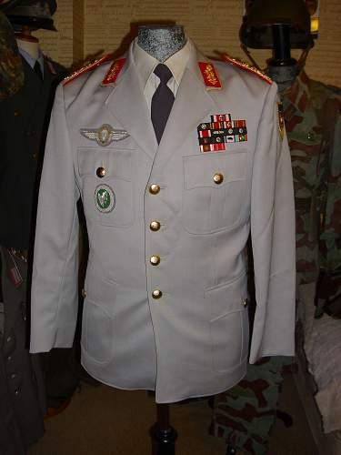 Bundeswehr Generalleutnant tunic + 57er Ribbon bar.