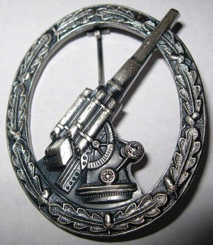 57er Deumer Flak badge