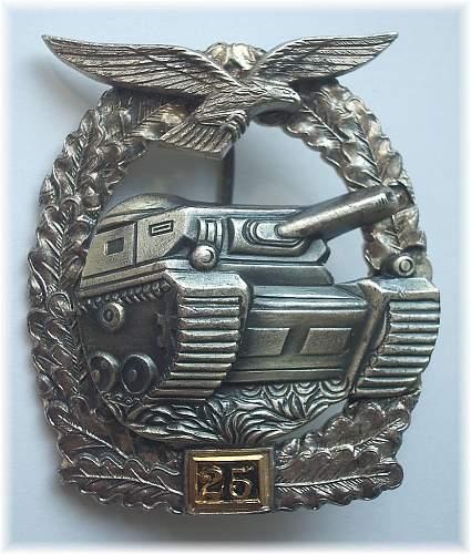 panzerkampfabzeichen der luftwaffe in bronze model 57