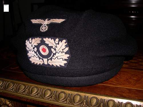 BW Panzer Officers black beret............