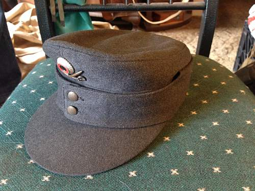 Another field cap...BW?
