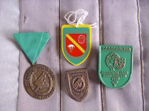 Veteran reunion/Treffen badges..................