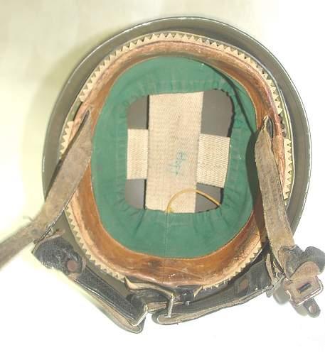 Click image for larger version.  Name:GE BRD Stahlhelm der Luftlandetruppe Versüchsmodell LS Kalotte in (2) - Copy.jpg Views:32 Size:162.8 KB ID:957284