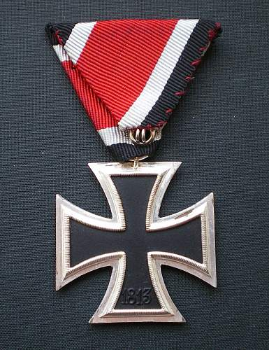 1957er EK2 on triangular ribbon