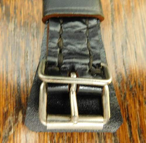 Click image for larger version.  Name:German M35. 50 chinstrap buckle.jpg Views:8 Size:225.2 KB ID:973565