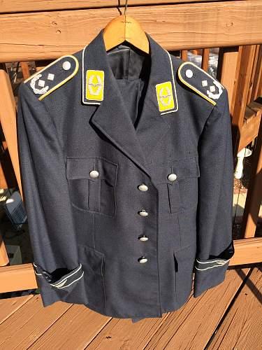 Help on Bundeswehr Luftwaffe Tunic