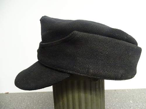 Black m43 panzer cap. (also clemens wagner marked)