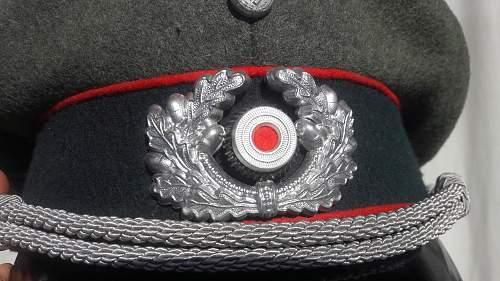 Click image for larger version.  Name:Artillerie Schirmmütze (11).jpg Views:61 Size:237.3 KB ID:1021782
