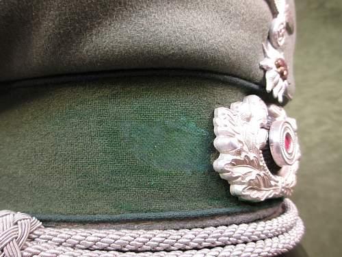 Click image for larger version.  Name:Montain Troop Officer Visor (3).jpg Views:5 Size:222.2 KB ID:1116154