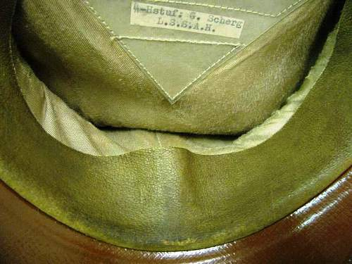 Click image for larger version.  Name:WAFFEN SS VISOR CAP (7).jpg Views:141 Size:65.7 KB ID:117342