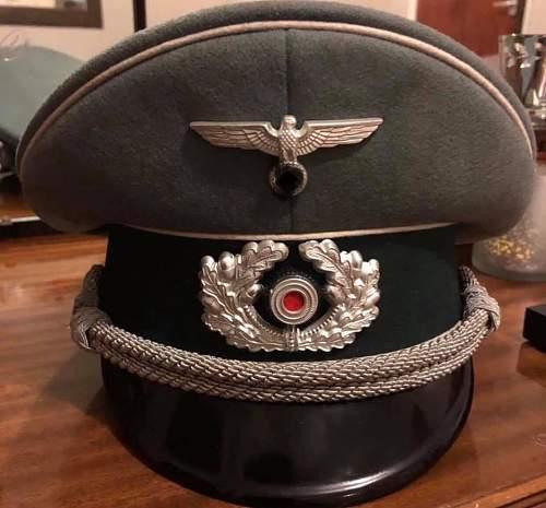 Infantry Officer Visor Cap genuine?
