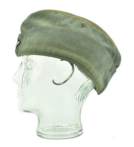 Heer Cavalry Crusher and Police Cap authenticy advice requested