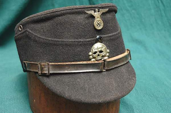 Allgemeine SS Kepi , new pictures is it a fake or not?