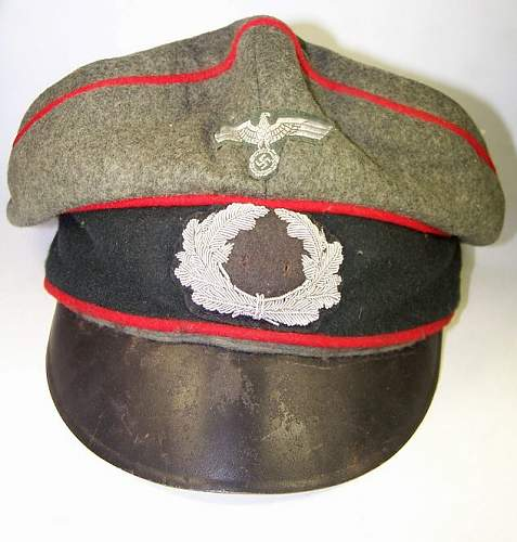 Click image for larger version.  Name:wehrmacht_cap.jpg Views:80 Size:76.4 KB ID:165419