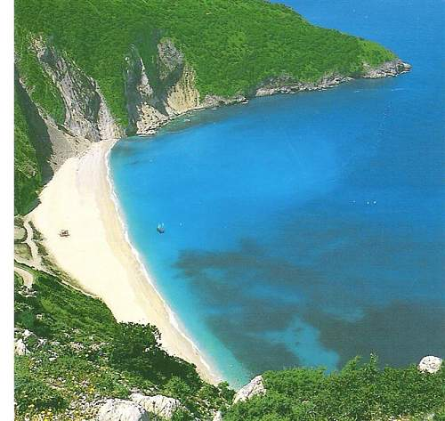 Click image for larger version.  Name:Kefalonia%20Beach.jpg Views:340 Size:84.9 KB ID:178144