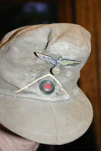 Can anyone tell me what this cap is and is it genuine