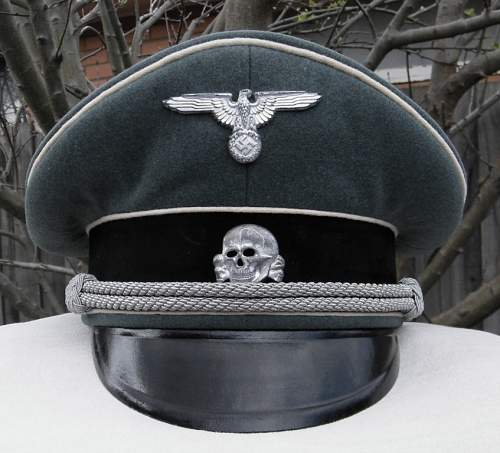 Click image for larger version.  Name:WSS officers visor late war 017.JPG Views:92 Size:168.1 KB ID:242815
